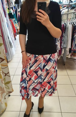 Letná sukňa s nepravidelným vzorom