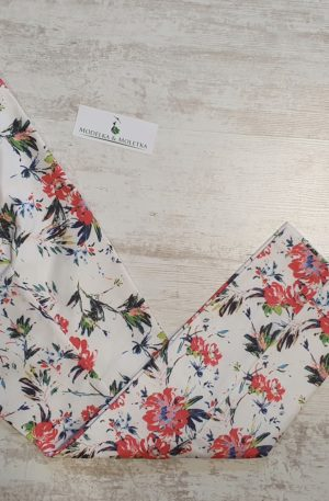 Sedemosminové nohavice Matisha s pestrými kvetmi
