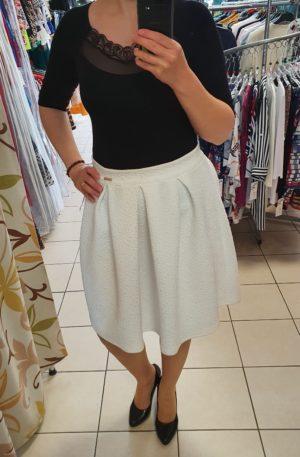 Biela sukňa Fashion