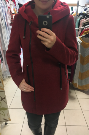 Kabát Júlia – červený