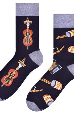 Pánske ponožky Folk čierne – P 008